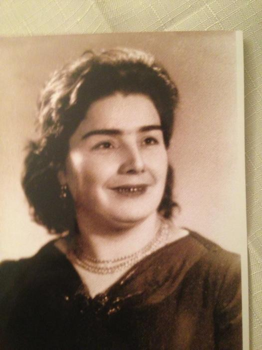 Zülfiyyə Xanbabayevanın anasının fotosu