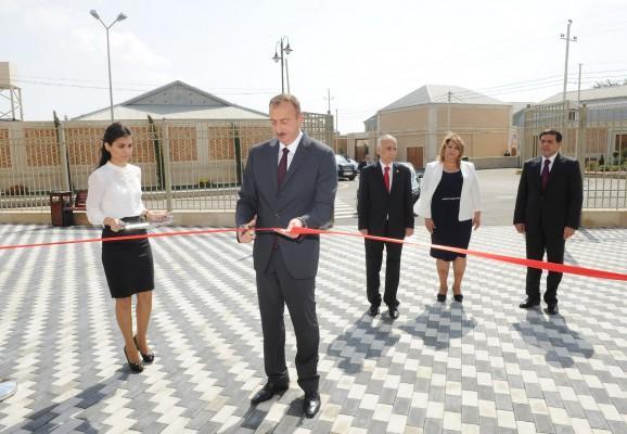 Prezident yeni məktəb binalarının açılışını etdi