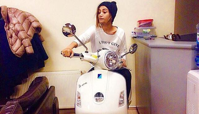Röyanın motosiklet sevgisi – fotolar