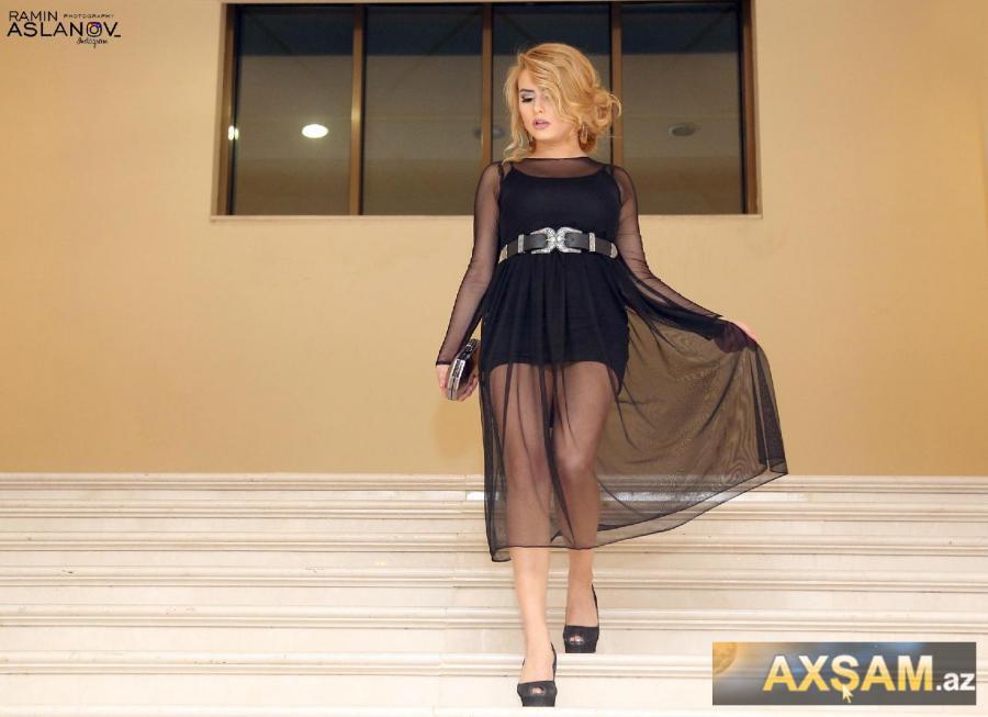 Azərbaycanlı aktrisa o qədər qısa geyindi ki... - fotolar