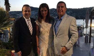 Tanınmış jurnalistlə iş adamının nişanlanması hamını təəccübləndirib