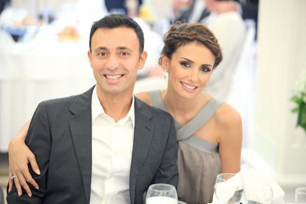 Mustafa və xanımı boşanır?
