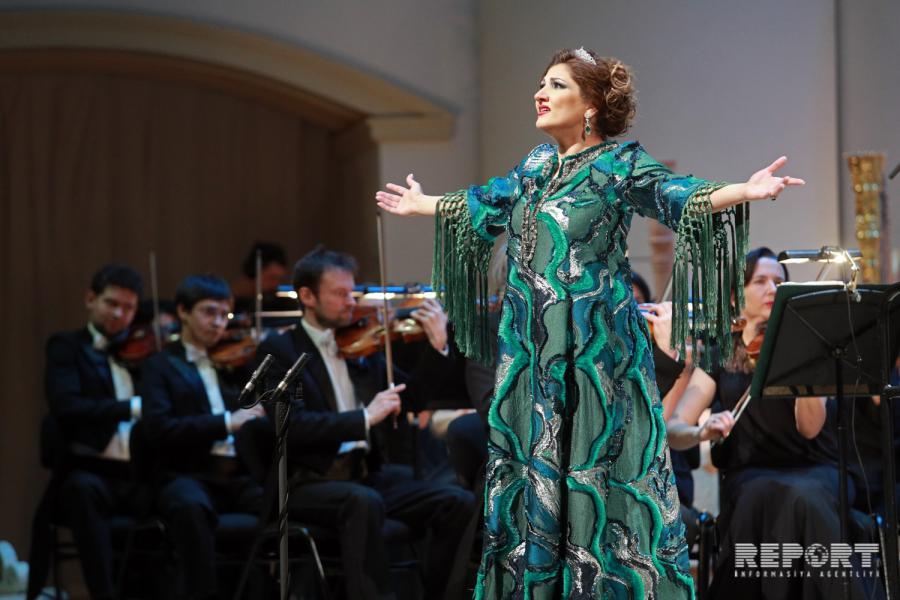 Əməkdar artist Moskvada konsert verib - fotolar