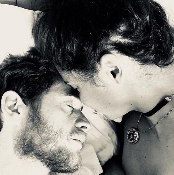 Adriana Lima sevgilisi ilə yataqda – FOTO
