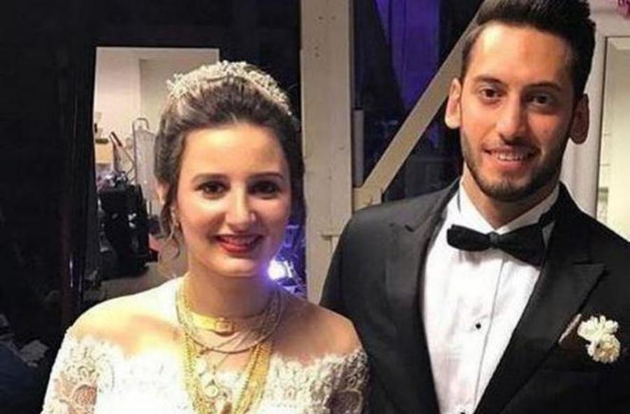 Boşanma xəbəri yayılan futbolçu ata oldu