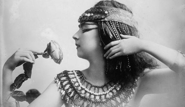 Kleopatranın gözəlliyinin sirri