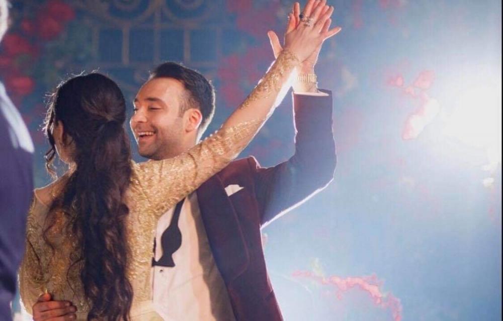 Azərbaycanlı müğənni evləndi