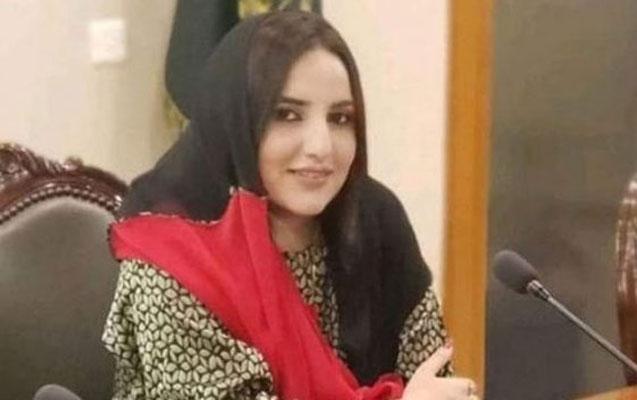 Pakistanlı ulduz Bakıya qaçıb