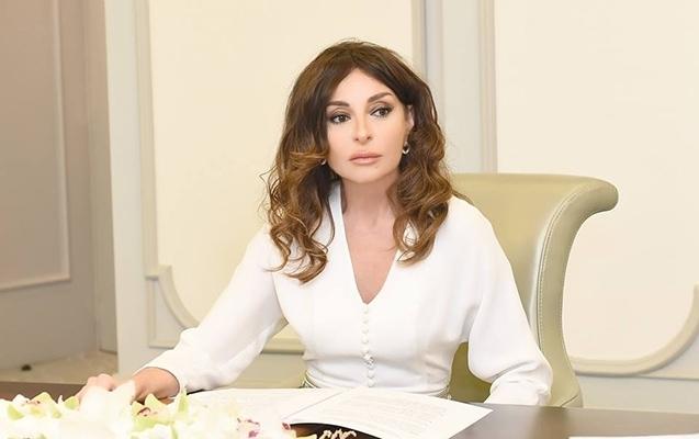 Mehriban Əliyeva Bərdədə həlak olanların doğmalarına başsağlığı verdi
