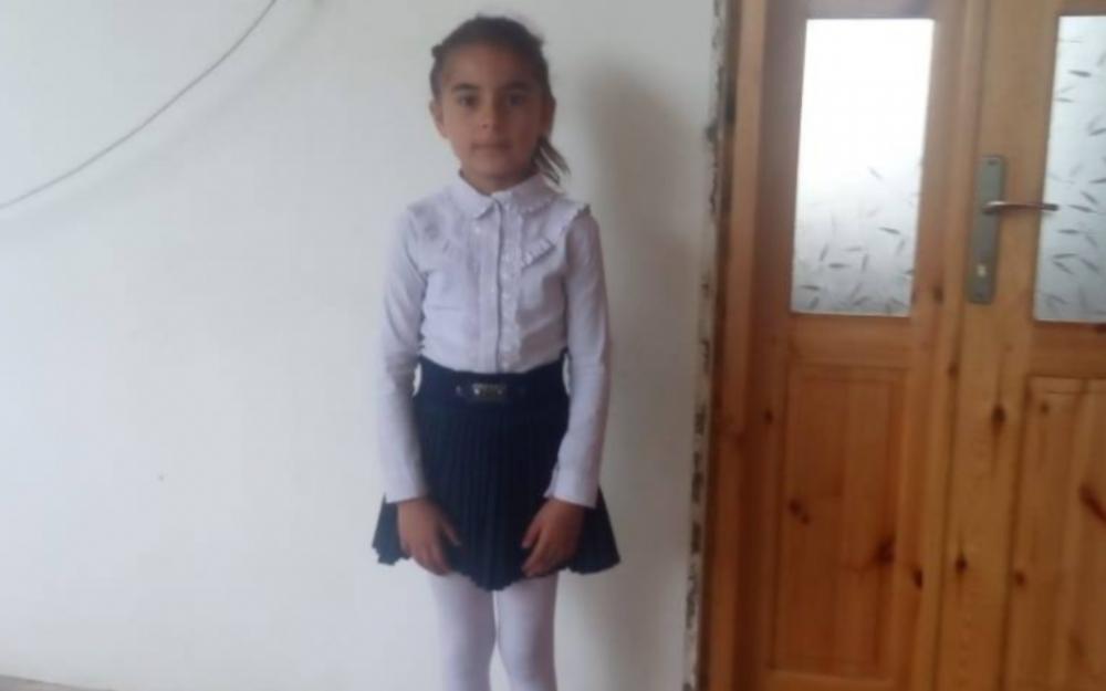 Ermənilərin bu gün Bərdədə öldürdüyü 7 yaşlı Aysun -  Foto