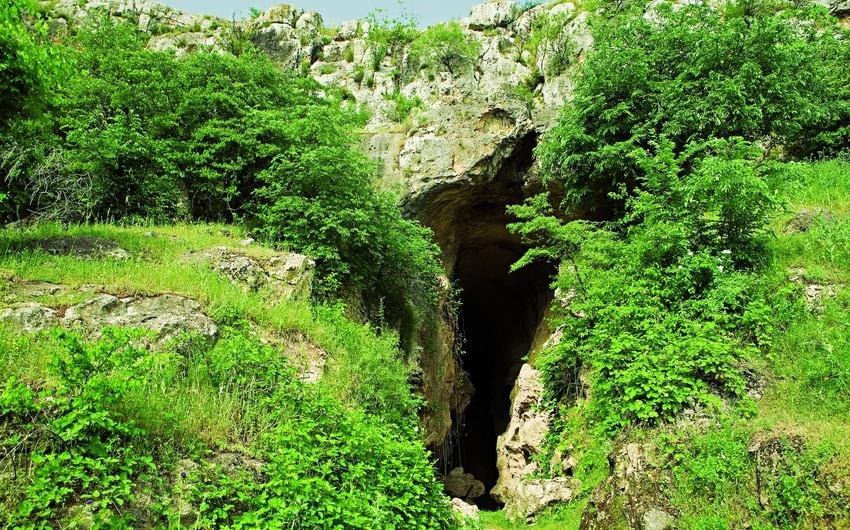 Ermənilər Azıx mağarasında qanunsuz arxeoloji qazıntılar aparıb