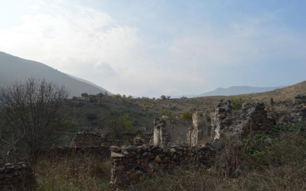 Ermənistan 28 abidəni tamamilə dağıdıb -  Fotolar