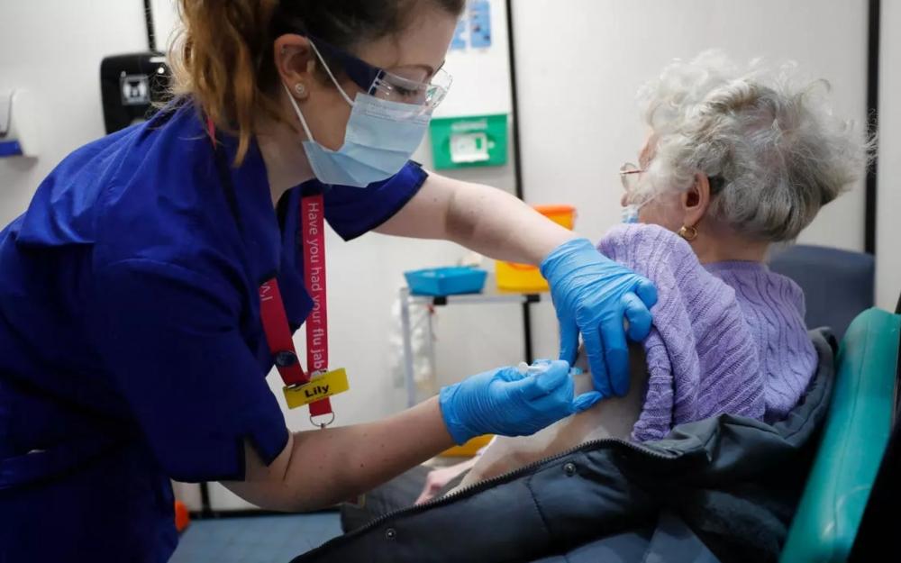 Peyvəndin ikinci dozasını alan 20 nəfər koronavirusa yoluxdu