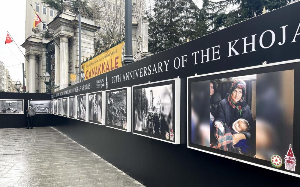 İstanbulda Xocalıya həsr olunan sərgi açılıb - Fotolar