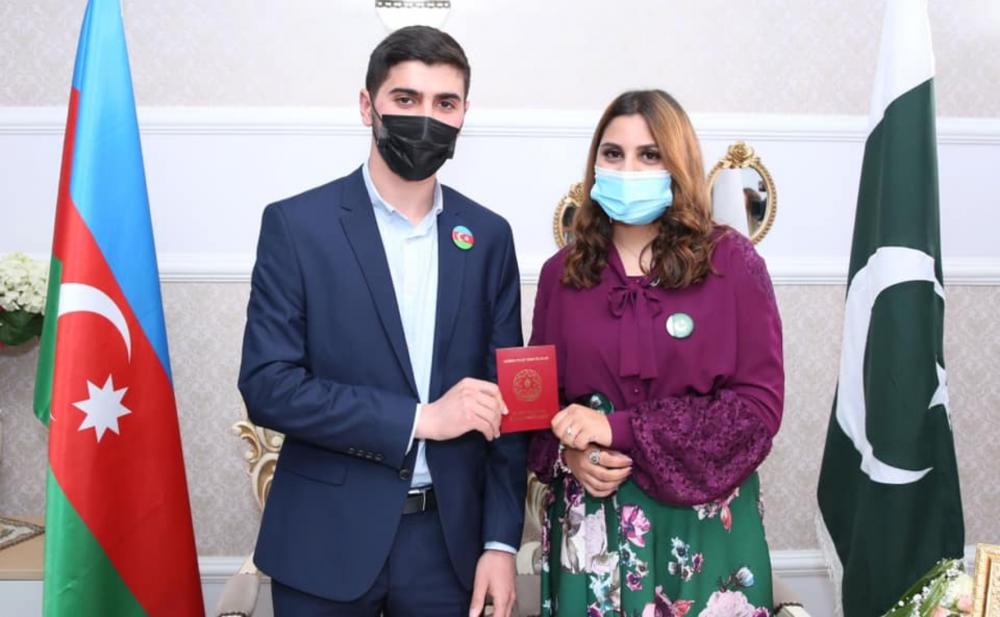 Azərbaycanlı oğlan pakistanlı qızla evləndi - Fotolar