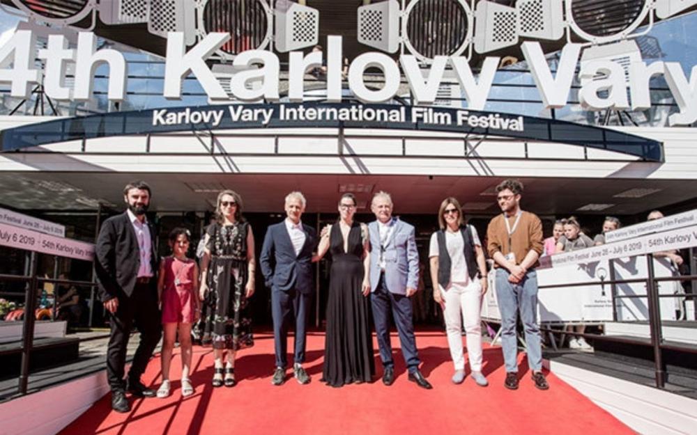 Karlovı Varı Film Festivalı ertələndi