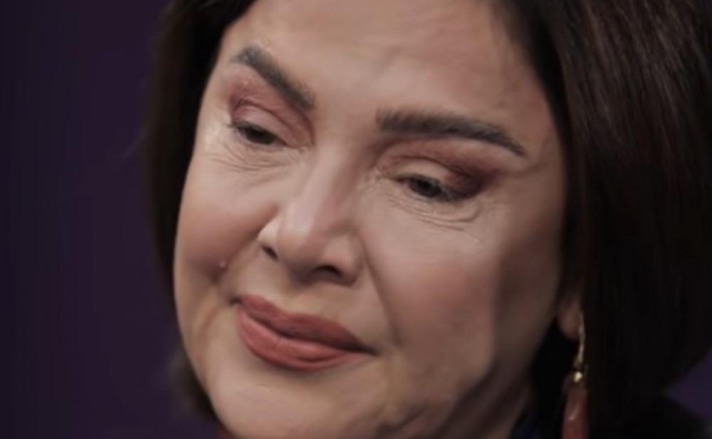 Oğlunu döyməyindən danışıb ağladı - Video