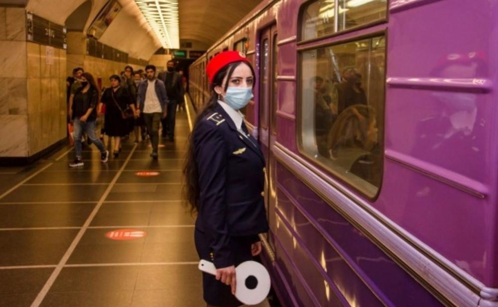 Bakı metrosu iyunda hər gün işləyəcək